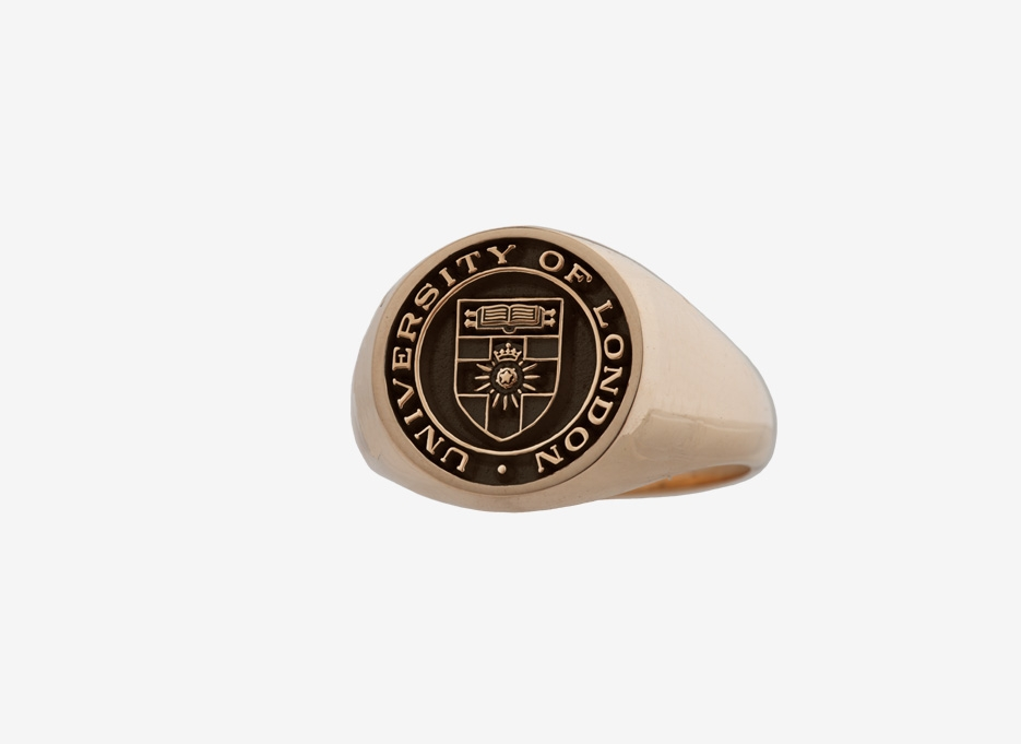 University of London Oversized Signet in Gold, 18.5mm